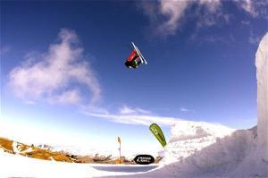 #4 Jamie Crane-Mauzy In Air