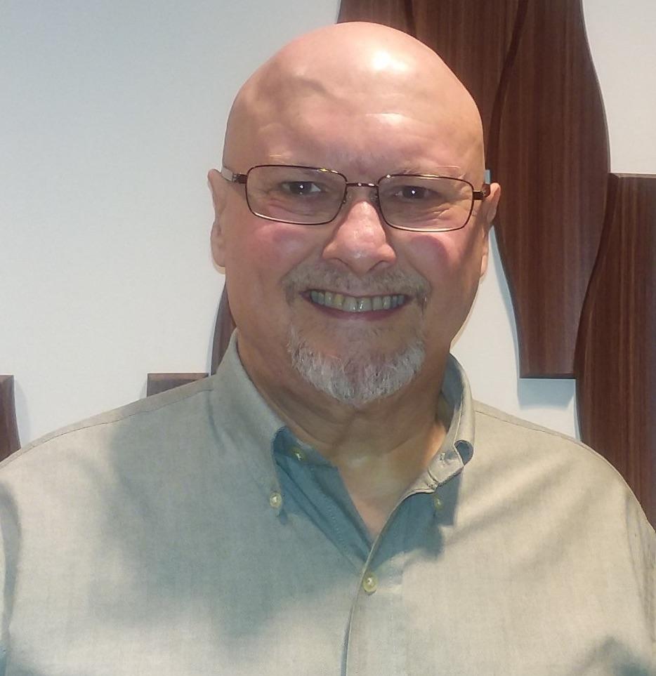 Craig J. Phillips 1